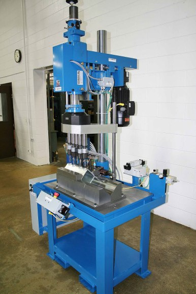 hypneumat-tapping-machine